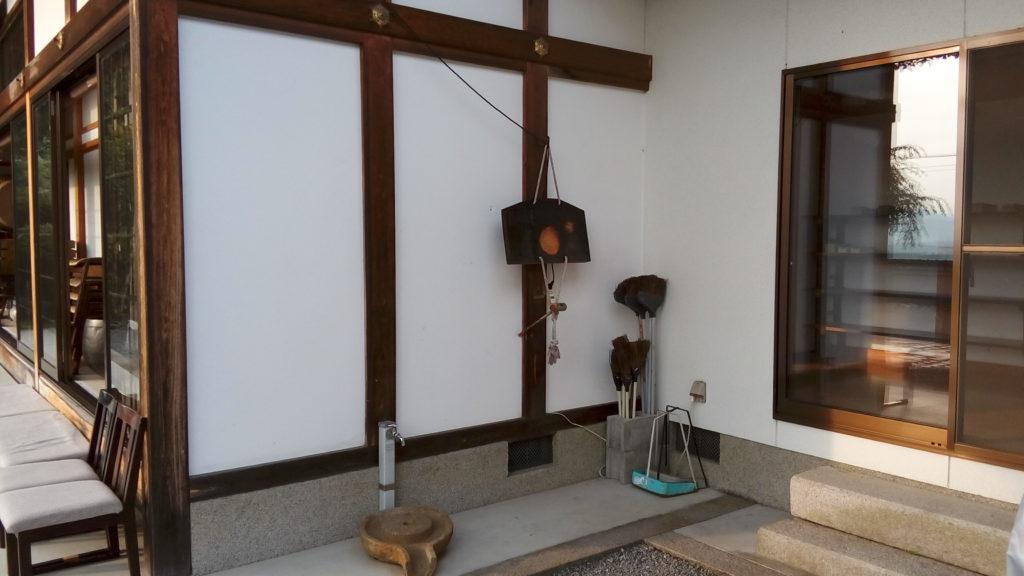 宝泉寺玄関