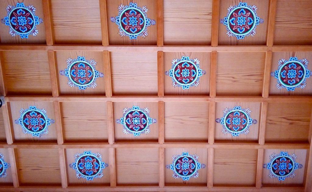宝泉寺玄関の天井