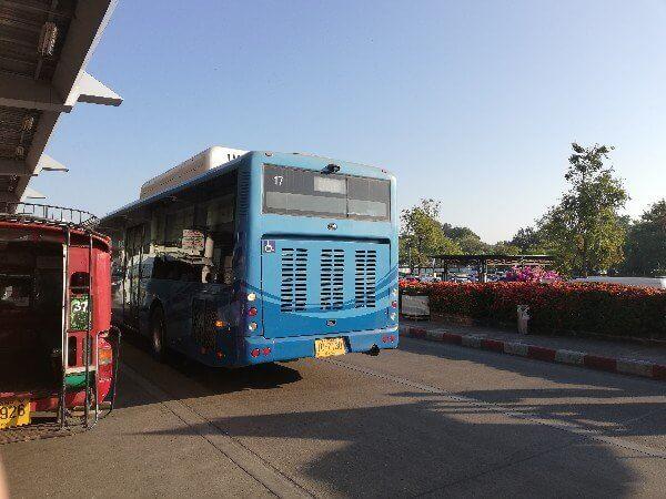 チェンマイのバス